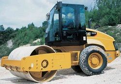 Каток Caterpillar CS423E